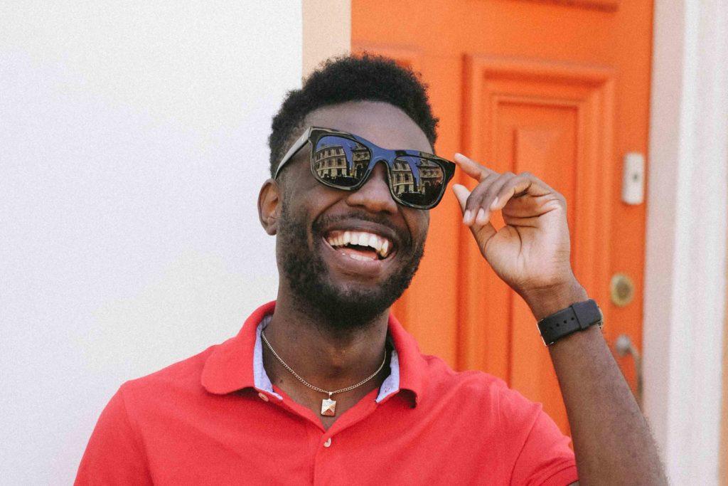 Young black man wearing sunglasses